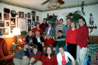 Donna, Jewell and their entire family
